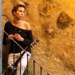 Maria Gadù, il fascino di un tormentone sul nulla