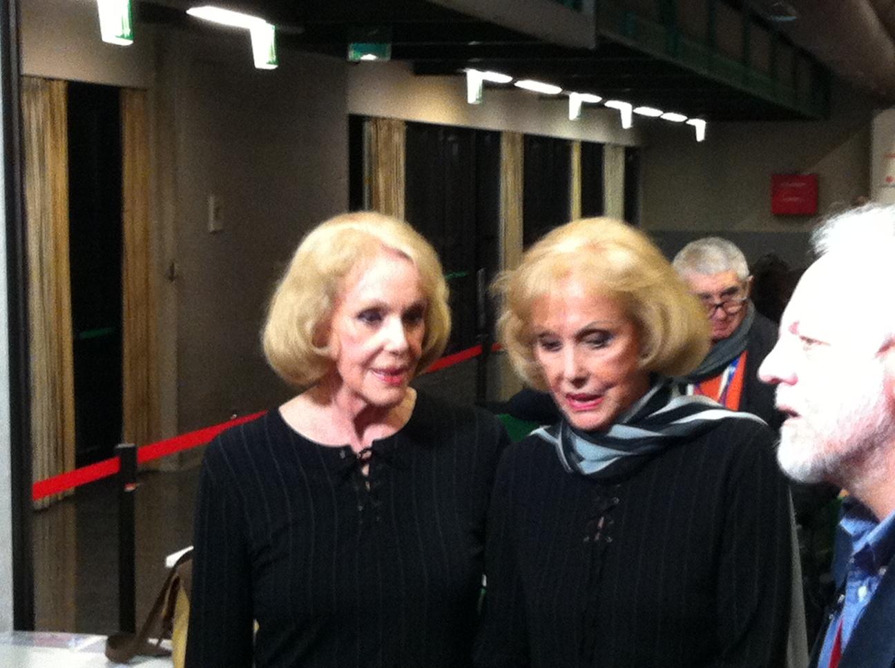 Alice ed Ellen Kessler in sala stampa all'Ariston