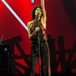 Giorgia annuncia #SenzaPauraLimitedGoldEdition e allunga il tour