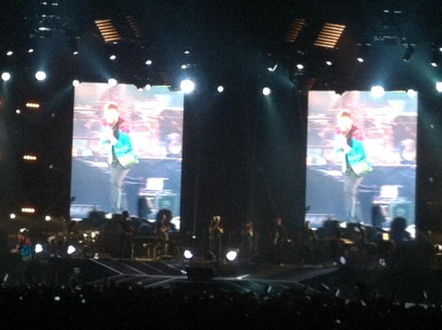 Cesare Cremoni sul palco del Logico Tour 2014