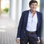 Gianni Morandi, tra autoscatto 7.0, Mogol e una carriera speciale