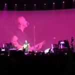Eros Ramazzotti incendia Assago con un concerto pirotecnico