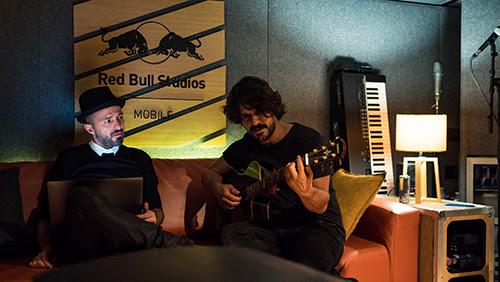 Samuel e Mannarino nel Red Bull Studio Mobile