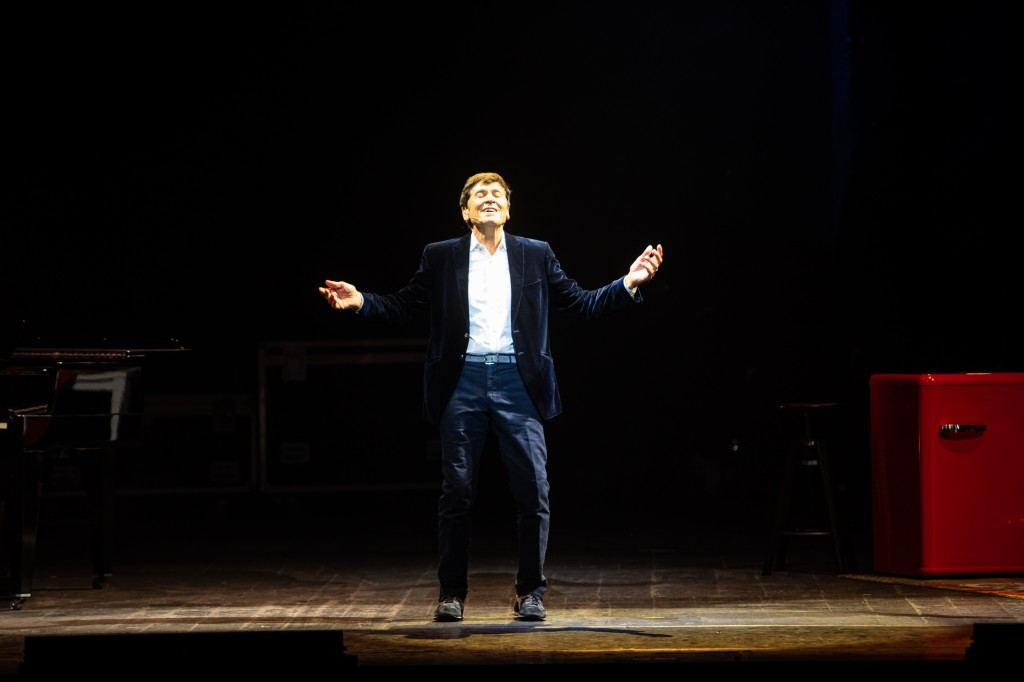 Gianni Morandi fotografato da Massimiliano Donati